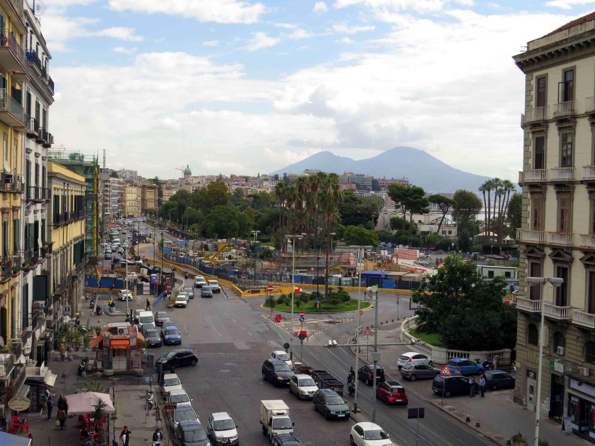 Appartamento in affitto a Napoli, 5 locali, zona Zona: 1 . Chiaia, Posillipo, San Ferdinando, prezzo € 1.800 | CambioCasa.it