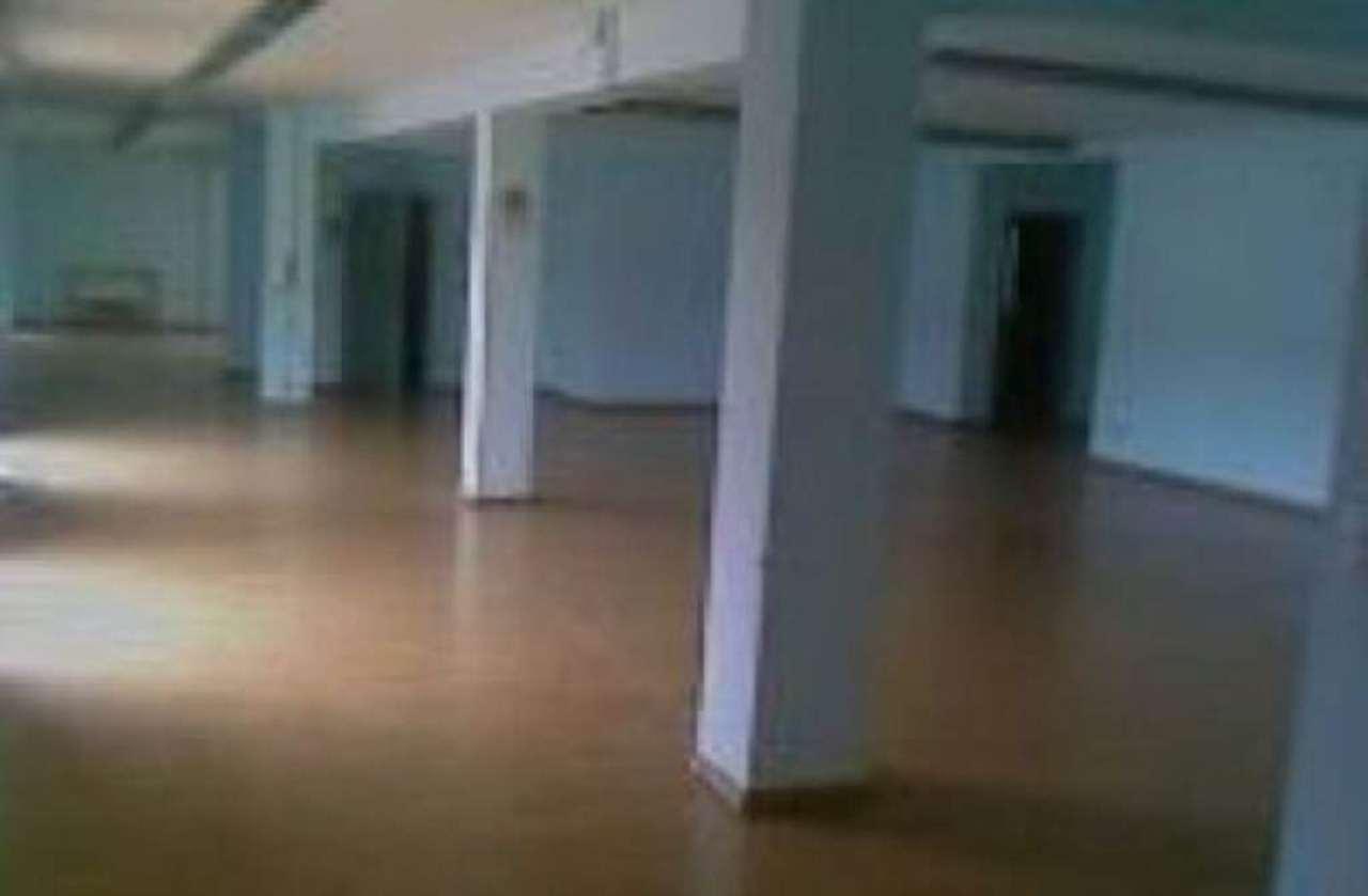 Ufficio / Studio in affitto a Napoli, 9999 locali, zona Zona: 10 . Bagnoli, Fuorigrotta, Agnano, prezzo € 1.700 | CambioCasa.it