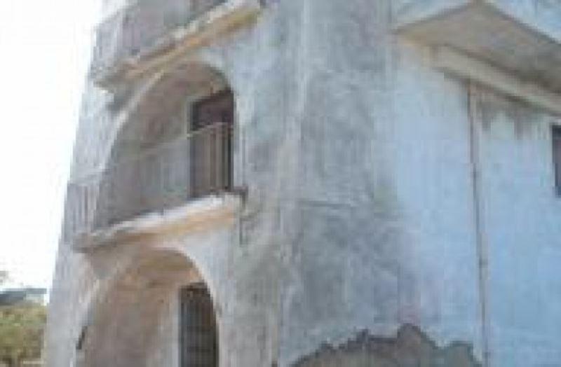 Rustico / Casale in vendita a Napoli, 9999 locali, zona Zona: 8 . Piscinola, Chiaiano, Scampia, prezzo € 950.000 | CambioCasa.it