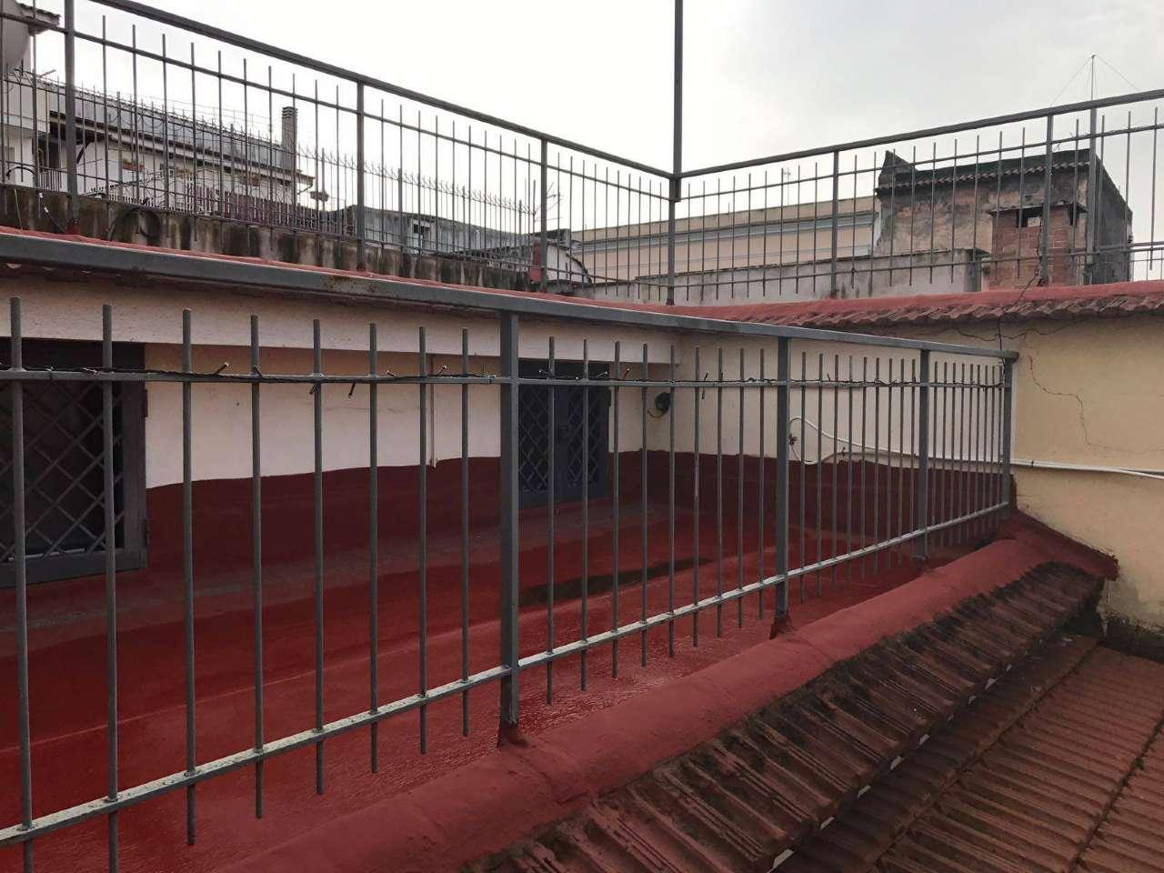 Appartamento in vendita a Boscoreale, 7 locali, prezzo € 150.000 | Cambio Casa.it