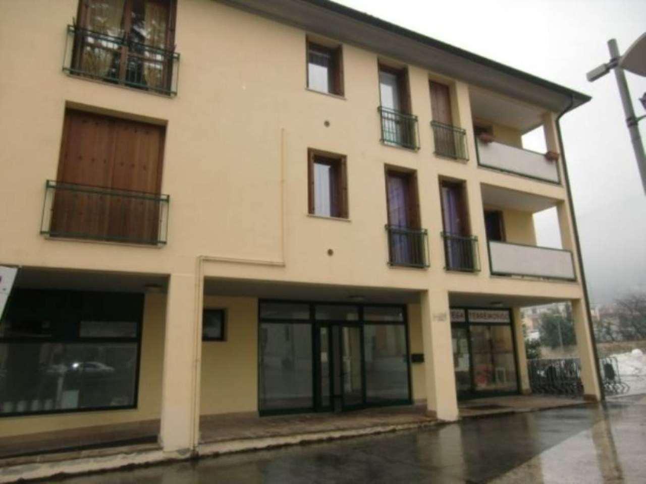Negozio / Locale in affitto a Bovezzo, 1 locali, prezzo € 450 | Cambio Casa.it