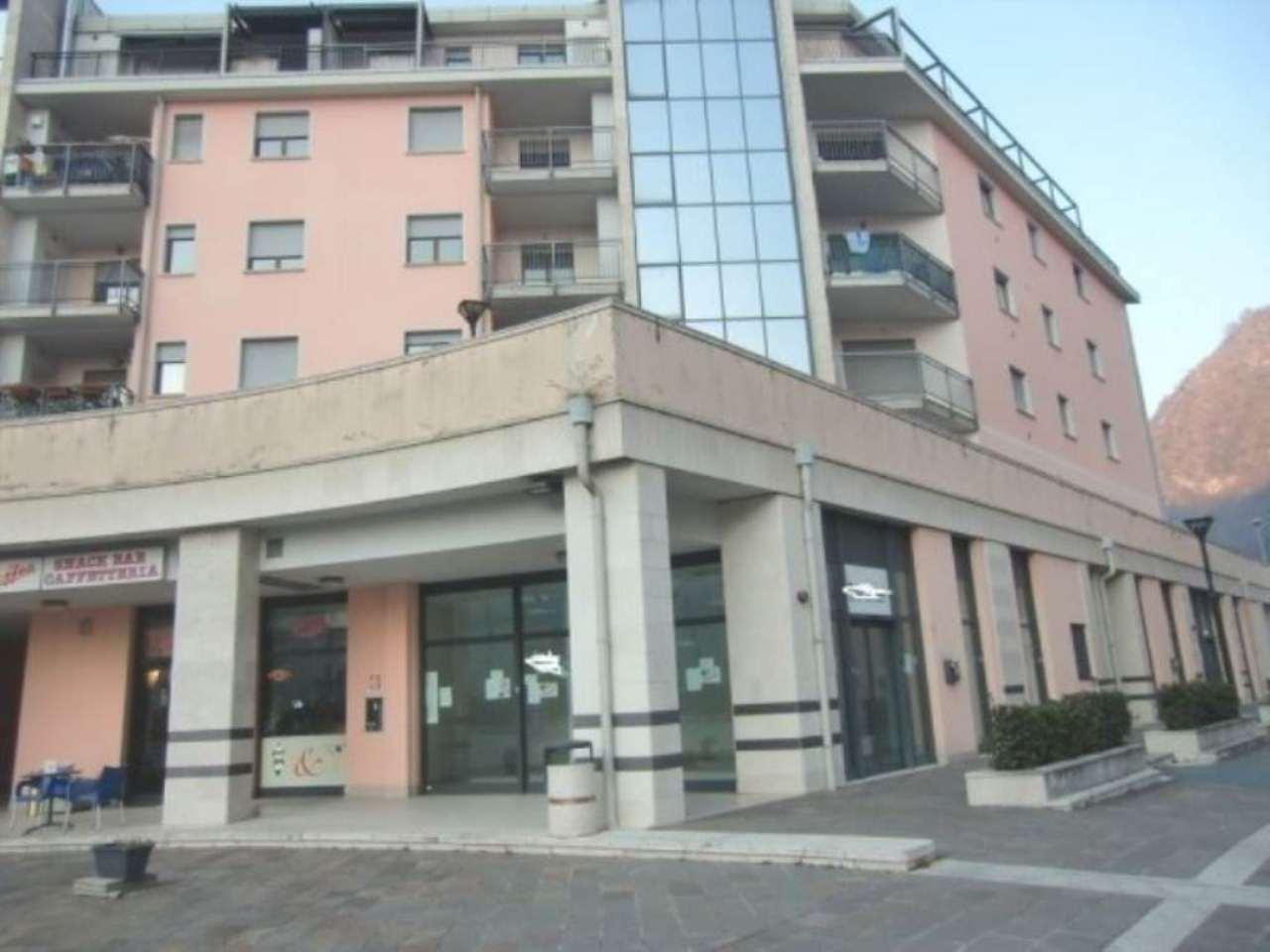 Negozio / Locale in affitto a Gardone Val Trompia, 1 locali, prezzo € 490 | Cambio Casa.it