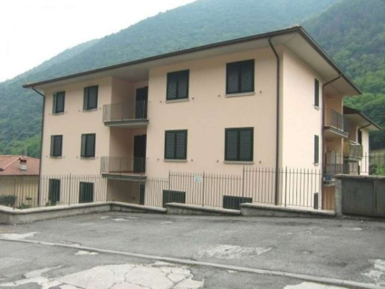Appartamento in affitto a Gardone Val Trompia, 4 locali, prezzo € 450 | Cambio Casa.it