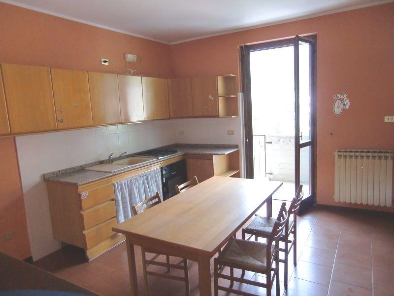 Appartamento in vendita a Gardone Val Trompia, 5 locali, prezzo € 110.000 | Cambio Casa.it