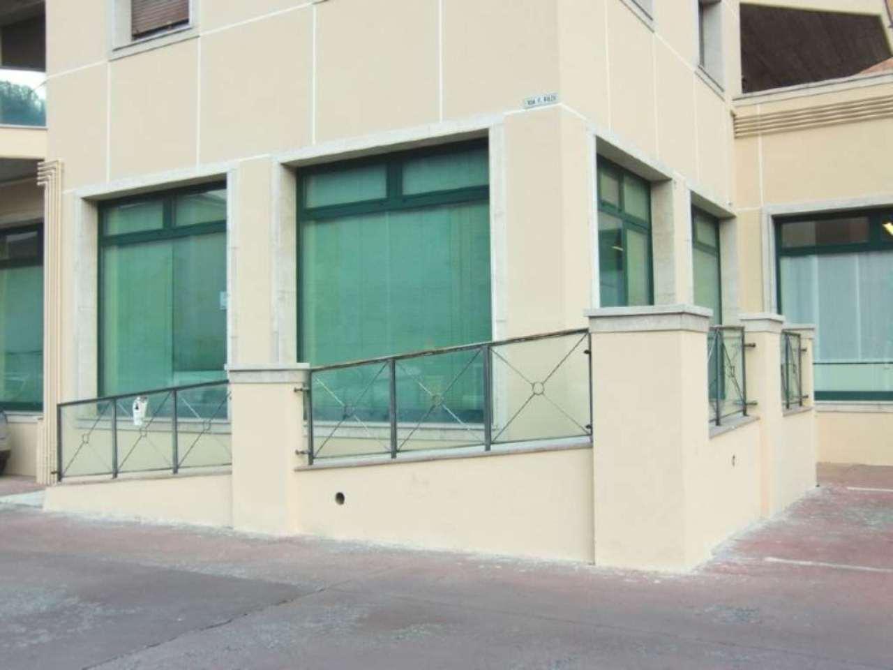 Negozio / Locale in affitto a Gardone Val Trompia, 1 locali, prezzo € 550 | Cambio Casa.it