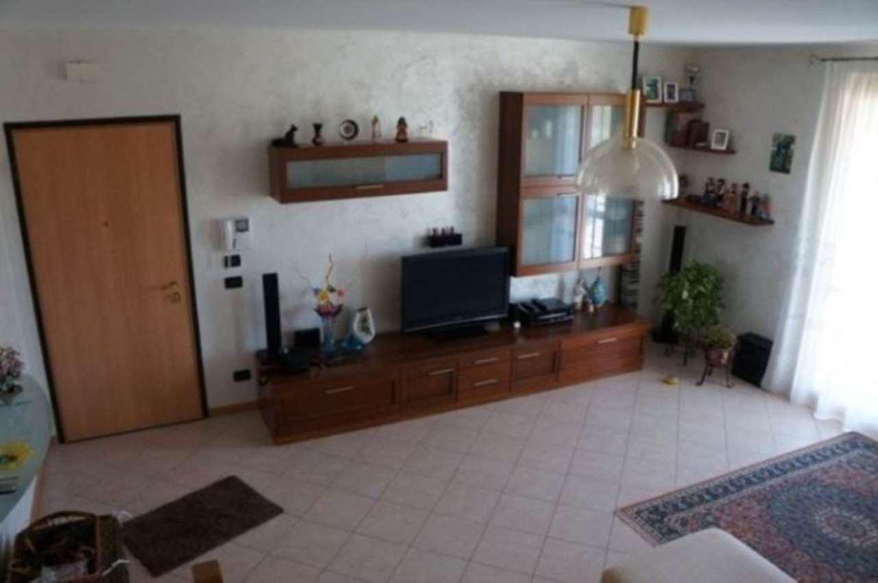 Appartamento in vendita a Martellago, 4 locali, prezzo € 175.000 | Cambio Casa.it