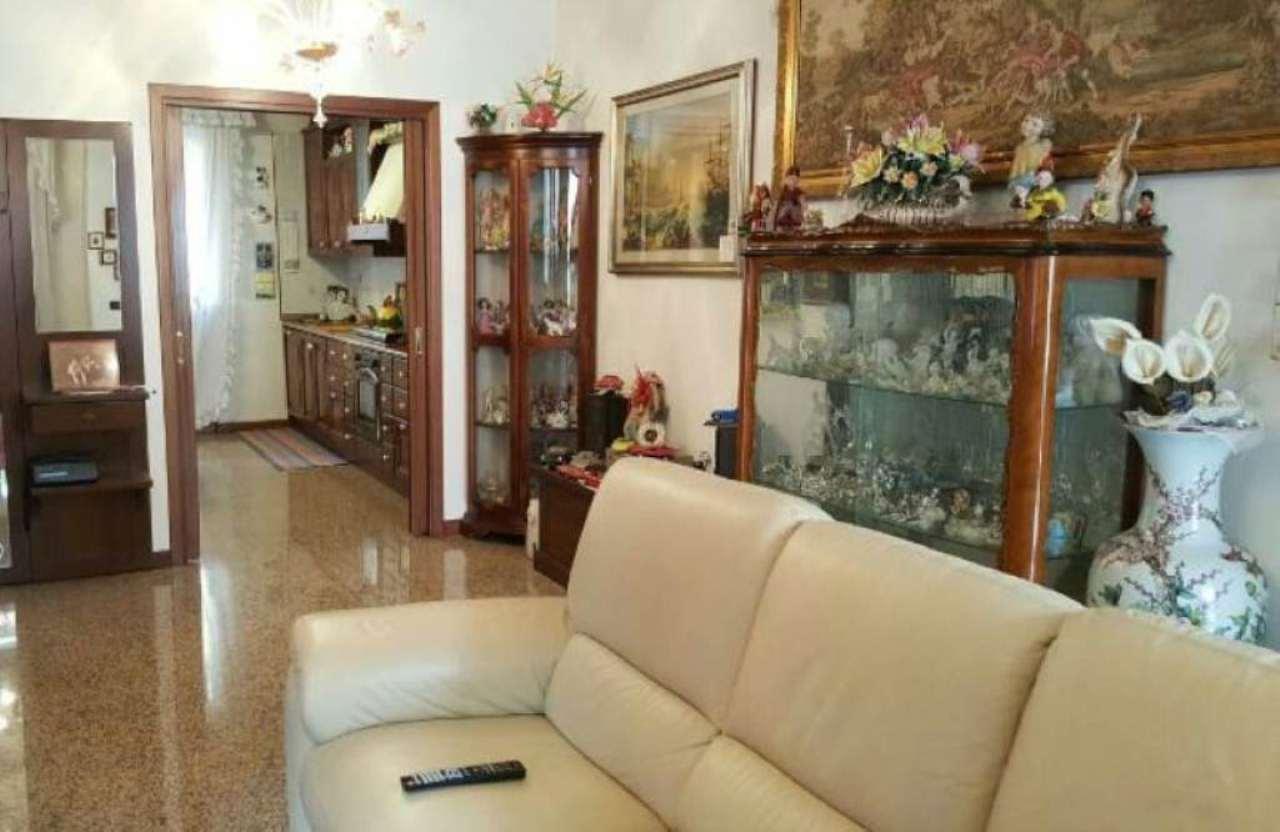 Soluzione Indipendente in vendita a Martellago, 6 locali, prezzo € 239.000 | Cambio Casa.it