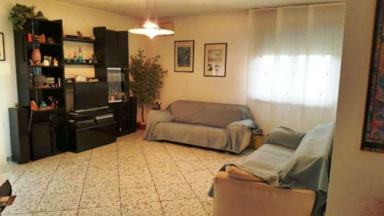 Appartamento in vendita a Martellago, 5 locali, prezzo € 155.000 | Cambio Casa.it
