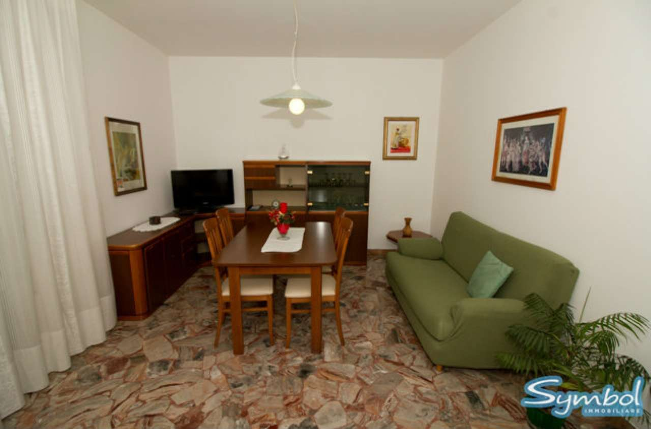 Appartamento in vendita a Spinea, 4 locali, prezzo € 75.000 | Cambio Casa.it