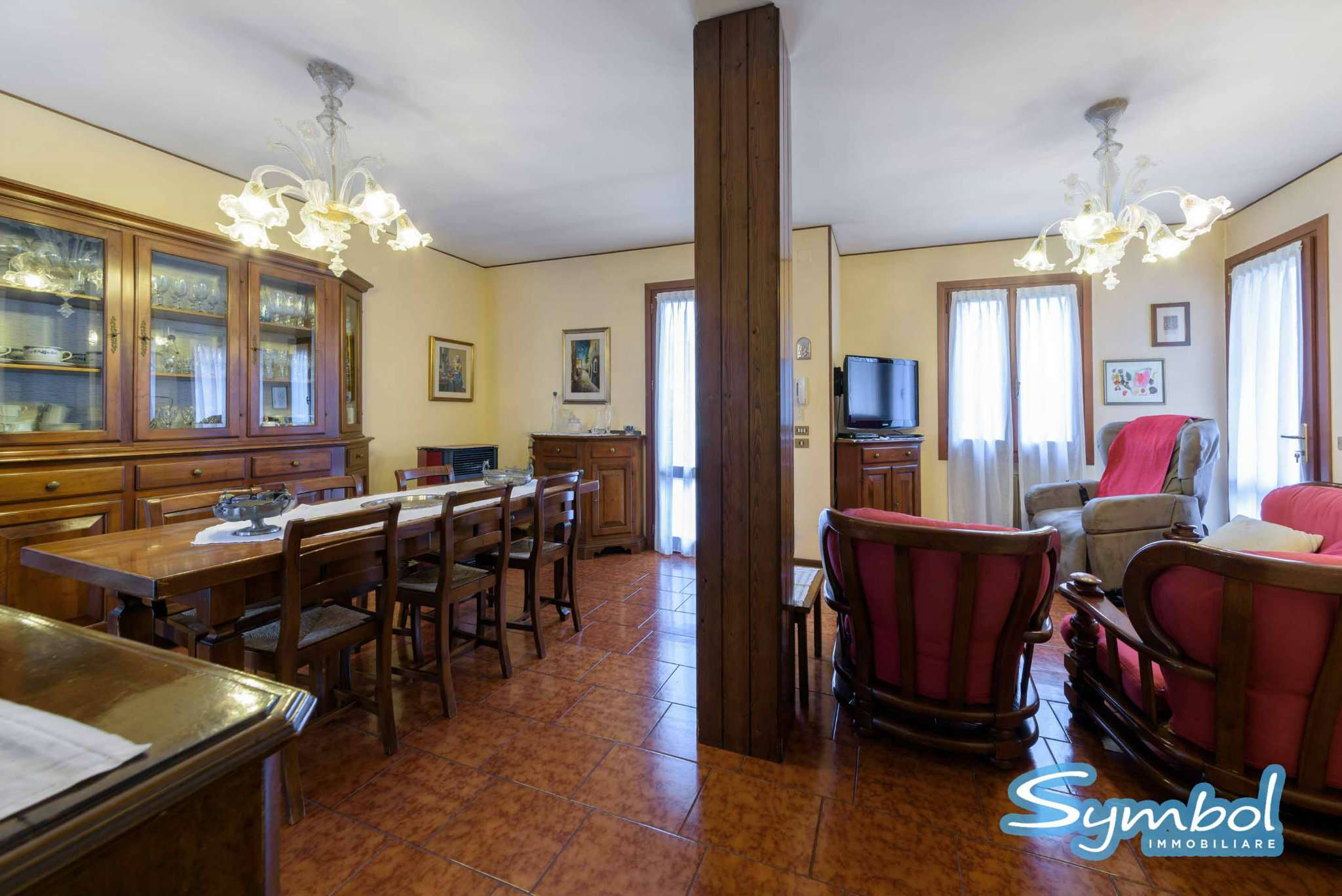 Soluzione Semindipendente in vendita a Salzano, 6 locali, prezzo € 242.000 | Cambio Casa.it