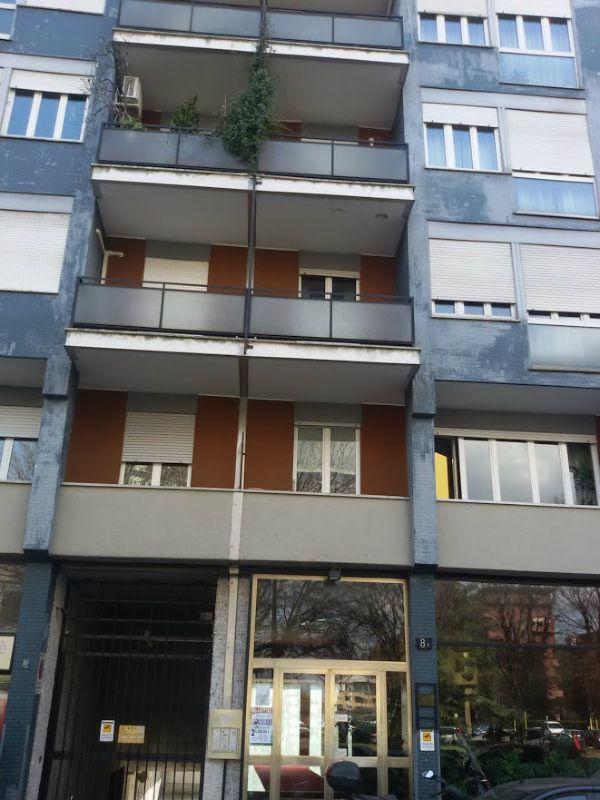 Bilocale Milano Serlio 1