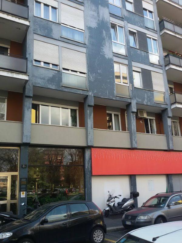 Bilocale Milano Serlio 2