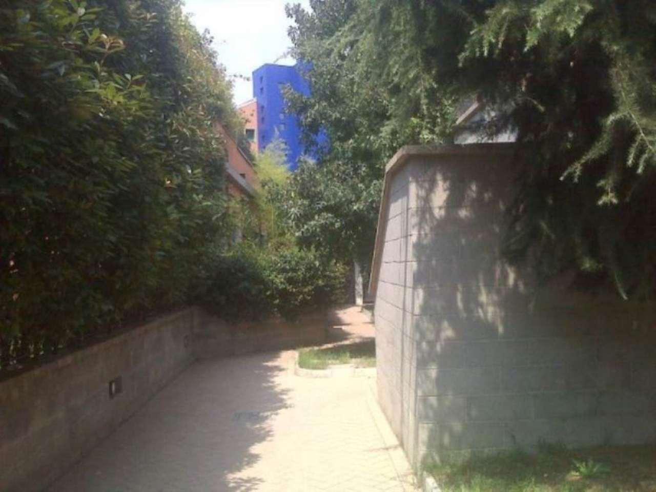 Bilocale Milano Heine 2