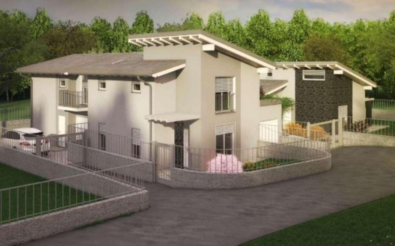 Villa in vendita a Gavirate, 6 locali, prezzo € 260.000 | Cambio Casa.it