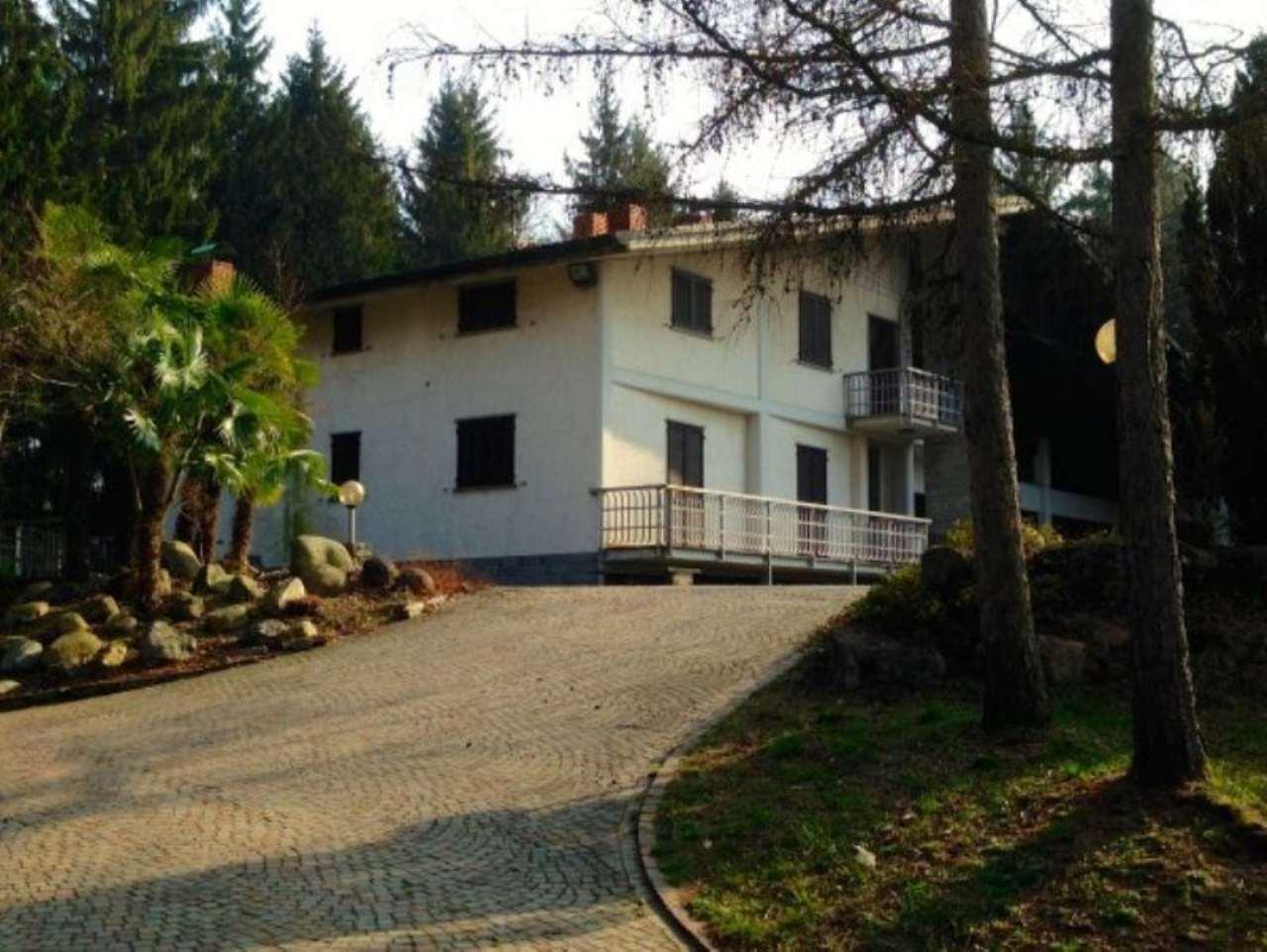 Attività / Licenza in vendita a Clivio, 6 locali, prezzo € 960.000 | Cambio Casa.it