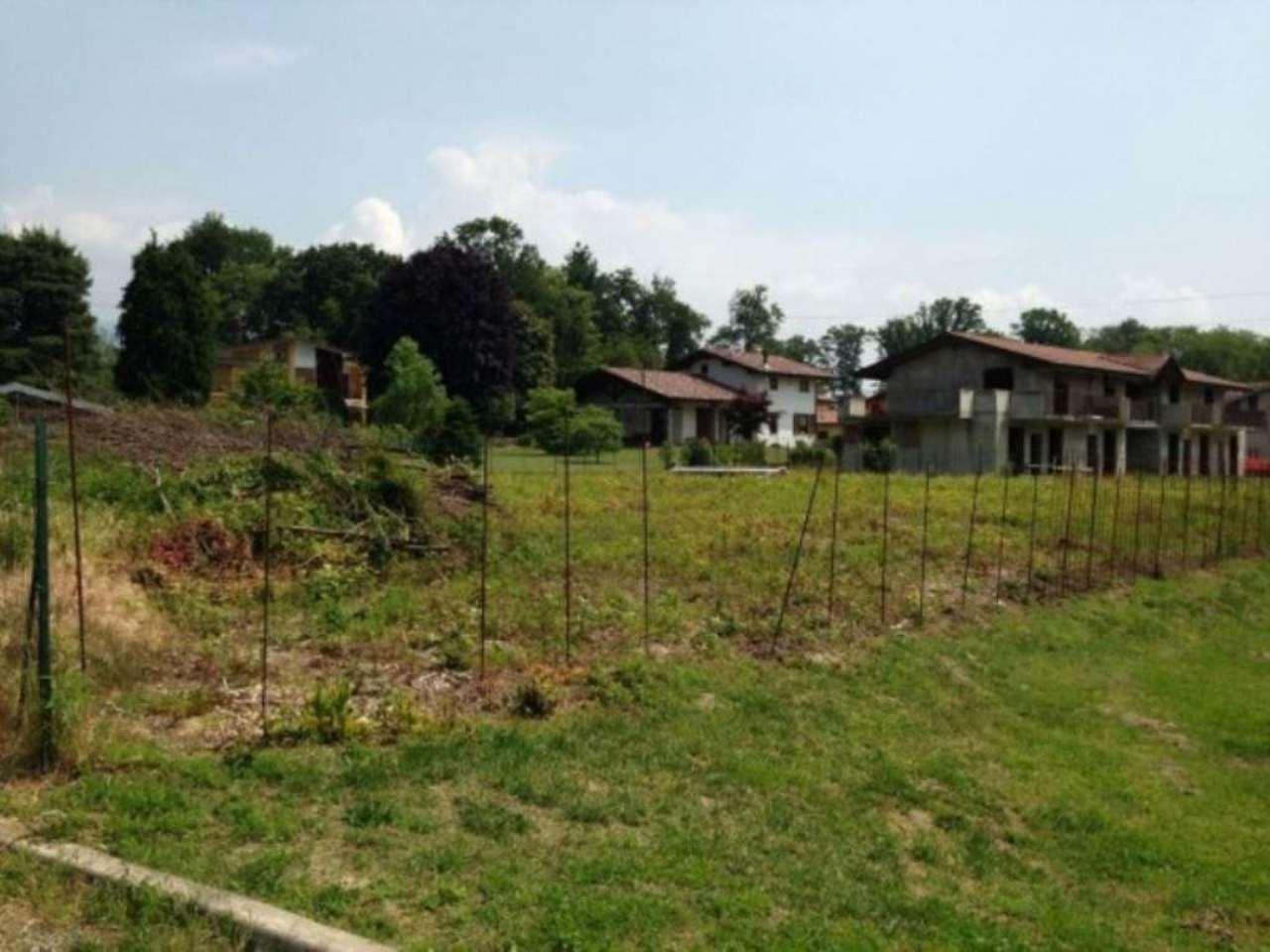 Terreno Edificabile Residenziale in Vendita a Travedona-Monate