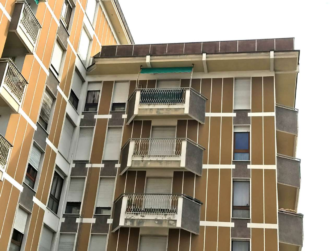 Attico / Mansarda in vendita a Varese, 3 locali, prezzo € 170.000 | Cambio Casa.it
