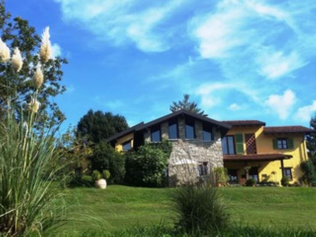 Villa in vendita a Rancio Valcuvia, 9999 locali, prezzo € 880.000 | CambioCasa.it