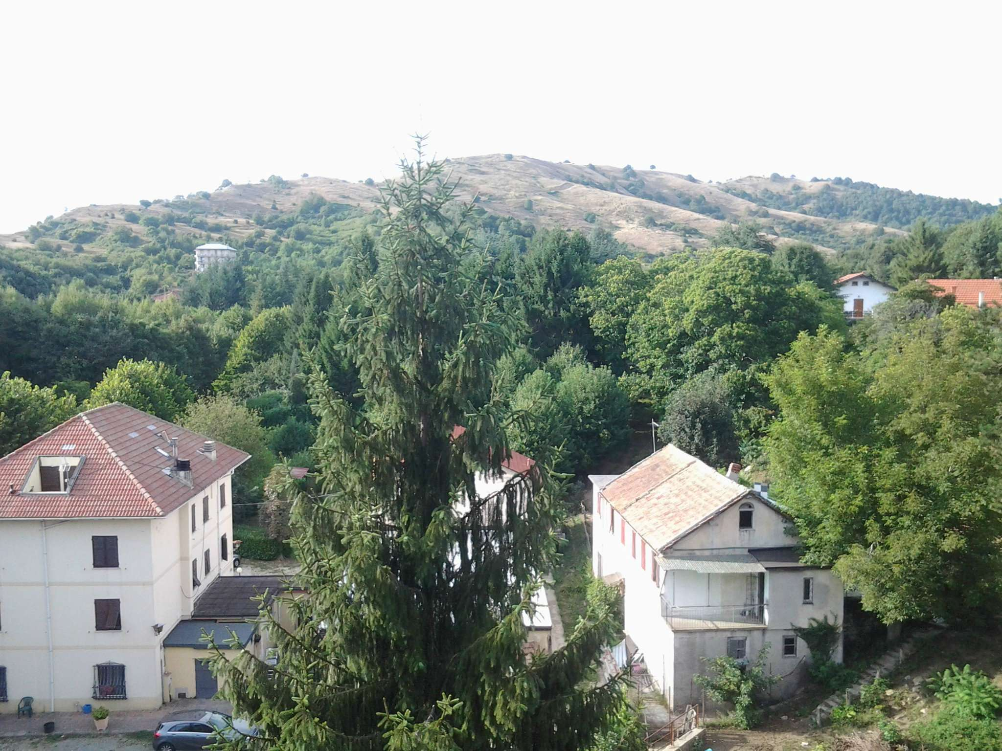 Appartamento in vendita a Montoggio, 3 locali, prezzo € 38.000 | CambioCasa.it