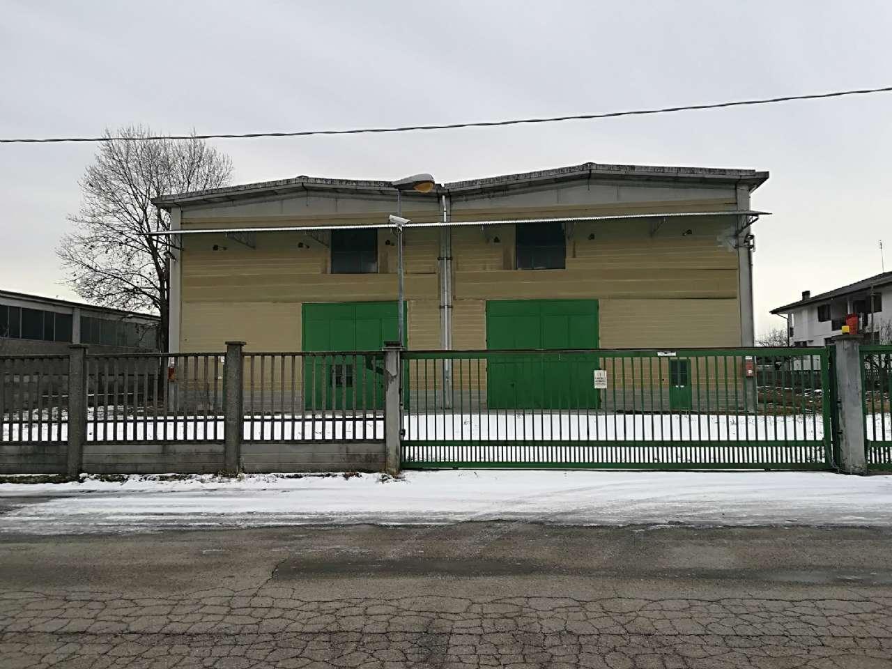 Capannone in vendita via Torino 25 Volpiano