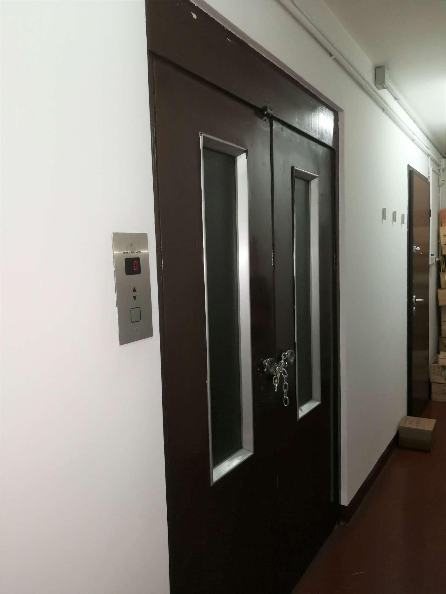 Magazzino/Laboratorio in affitto Zona Crocetta, San Secondo - indirizzo su richiesta Torino