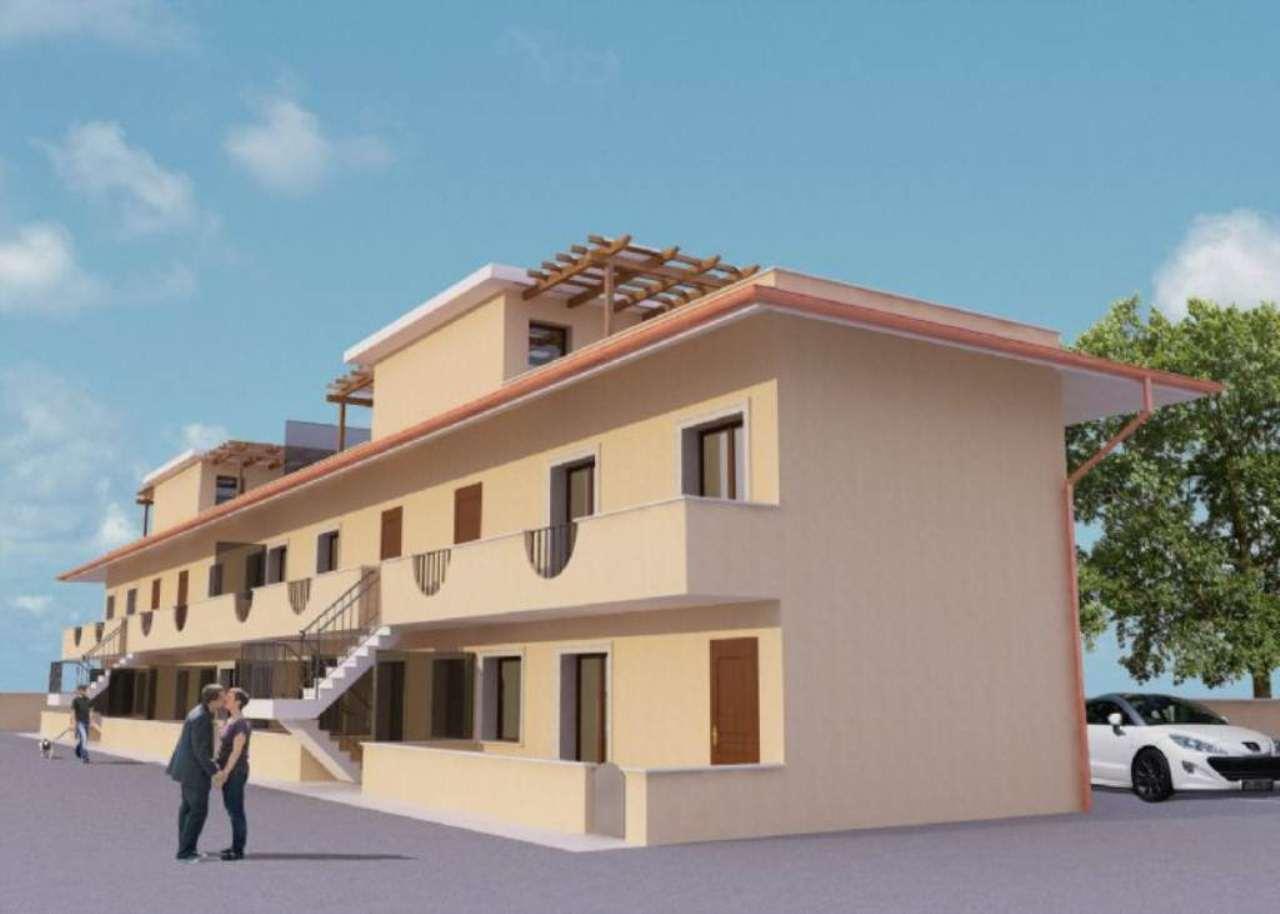 Bilocale Marino Via Nettunense Nuova 1