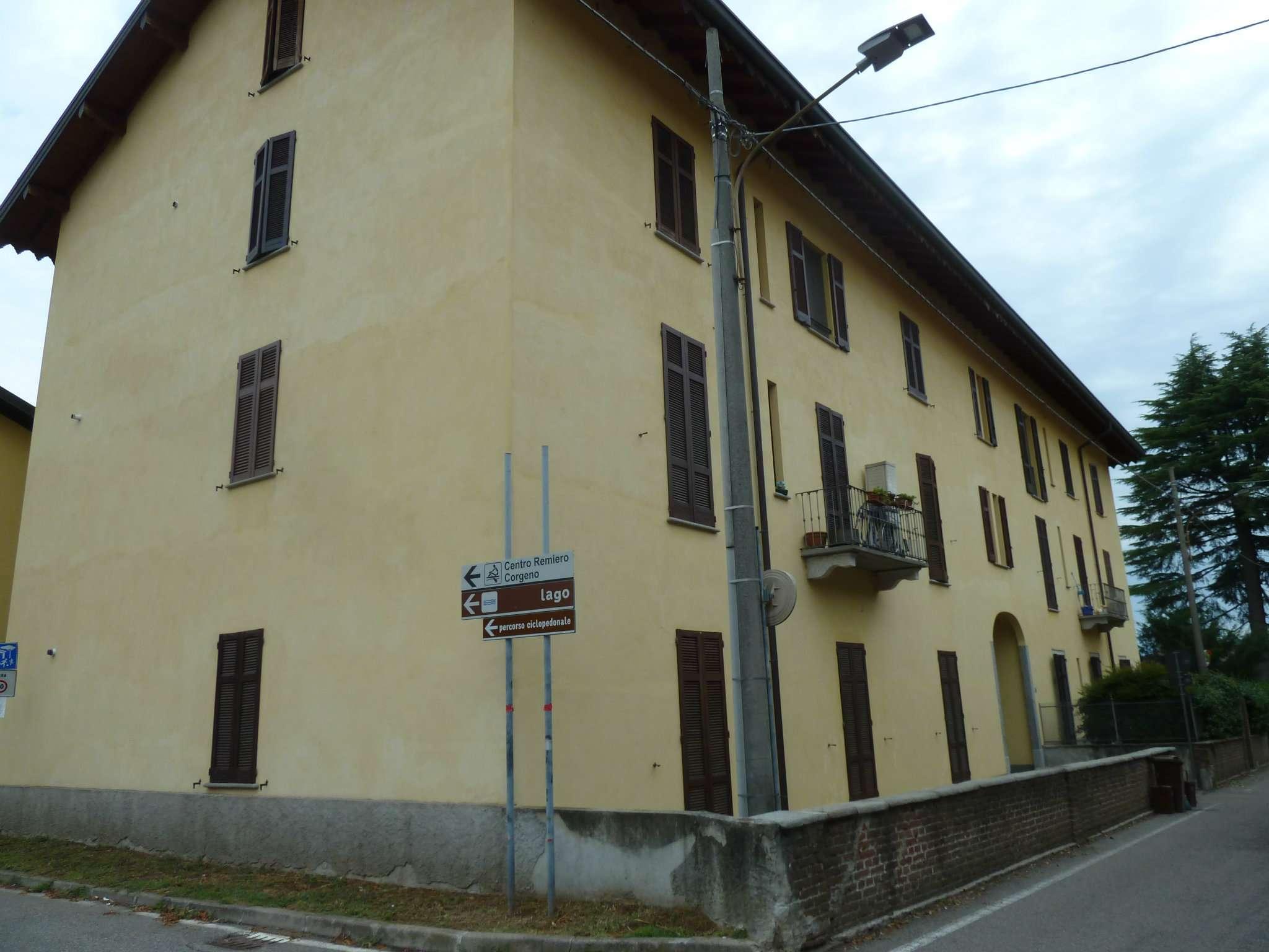 Appartamento in affitto a Vergiate, 3 locali, prezzo € 600 | CambioCasa.it