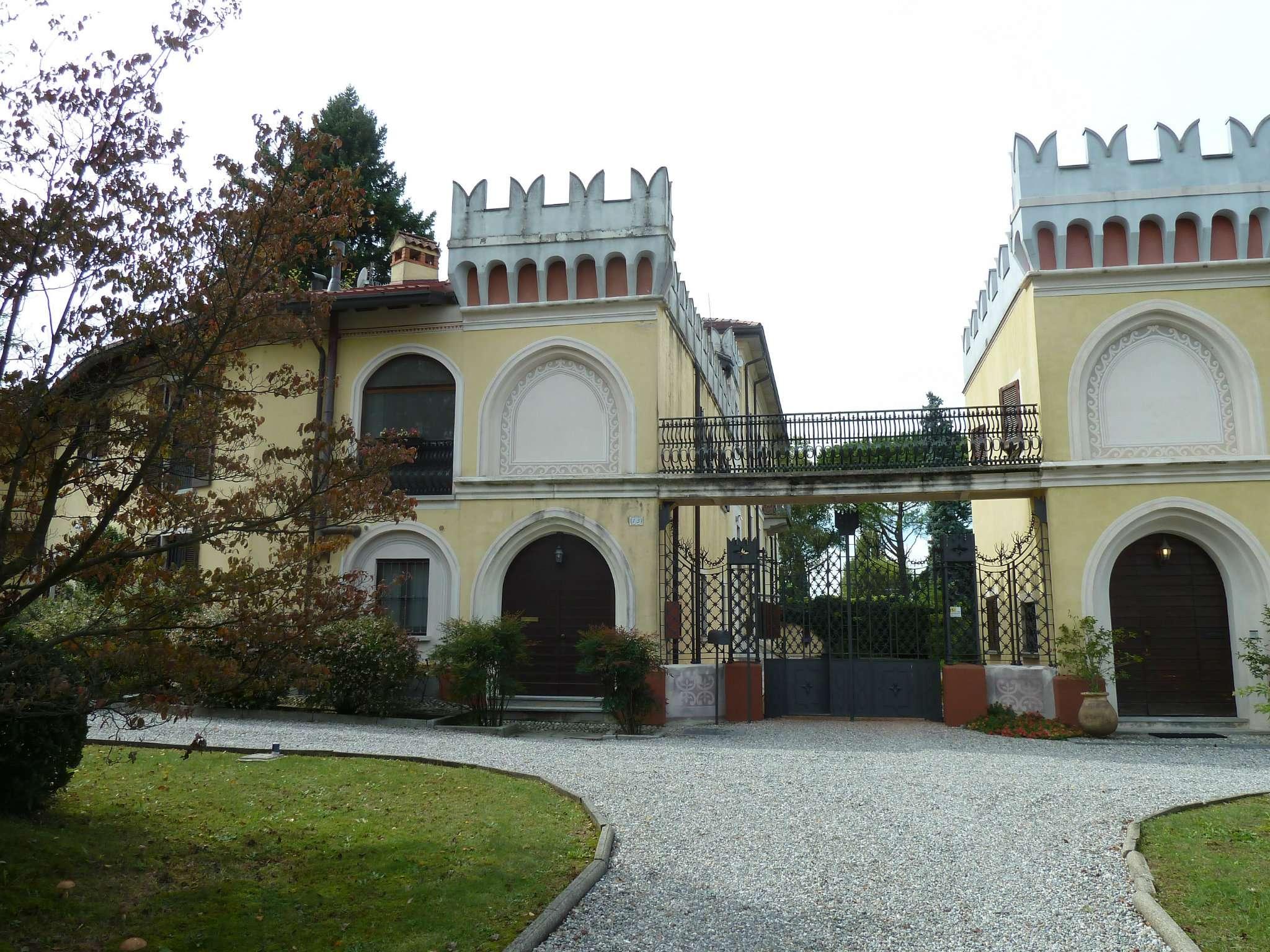 Loft / Openspace in affitto a Bodio Lomnago, 2 locali, prezzo € 470 | CambioCasa.it