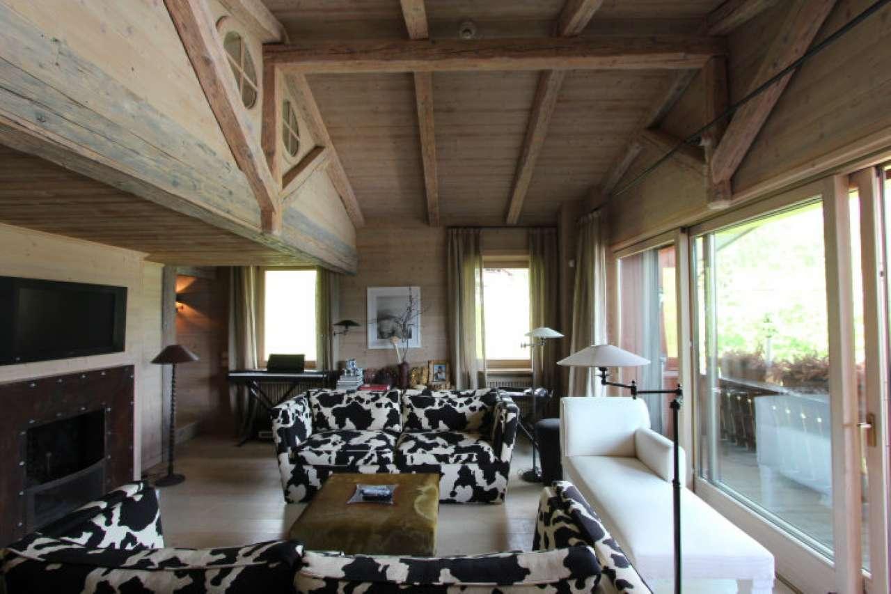 Attico / Mansarda in vendita a Cortina d'Ampezzo, 6 locali, Trattative riservate | CambioCasa.it