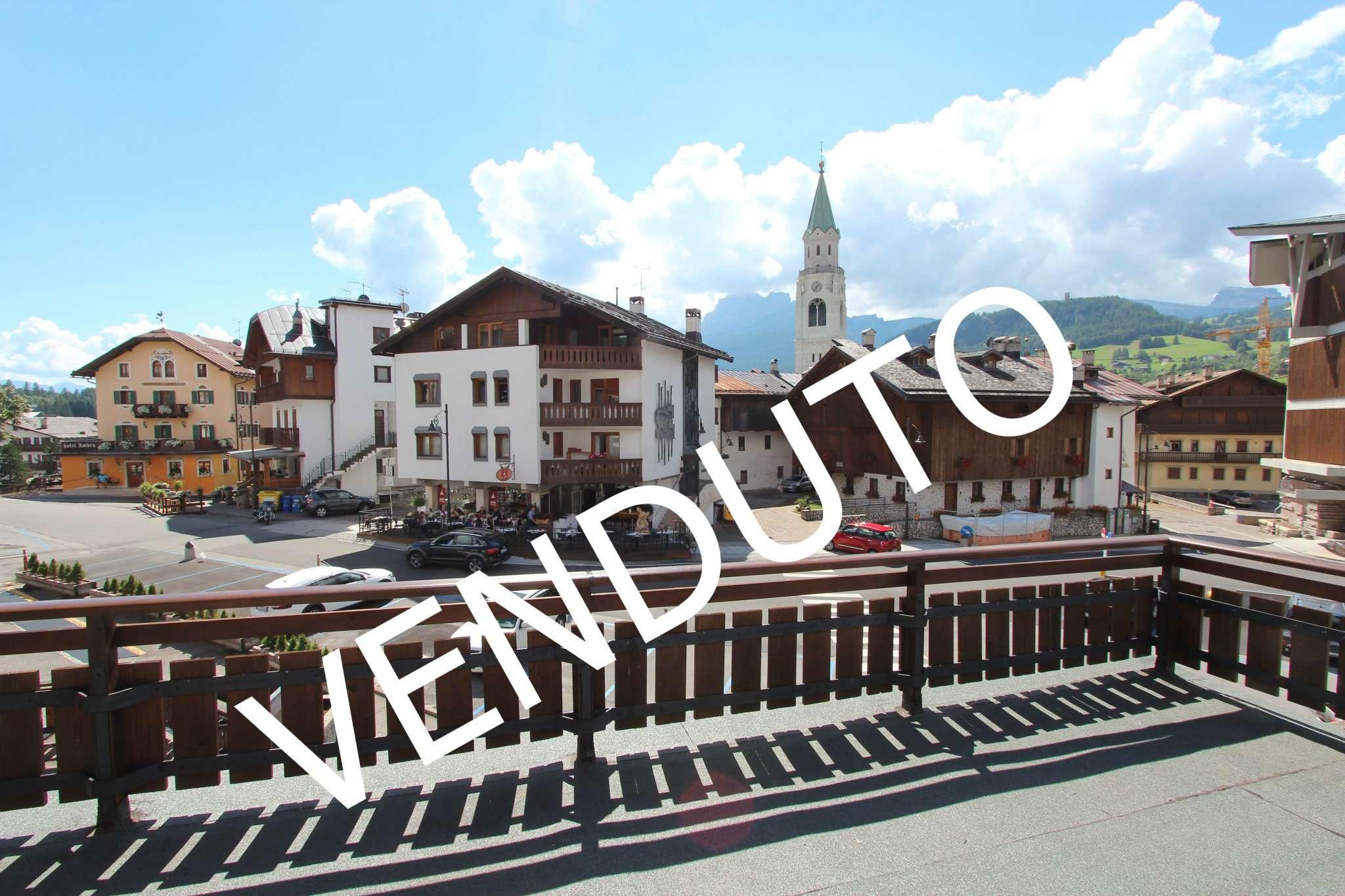 Appartamento in vendita a Cortina d'Ampezzo, 4 locali, prezzo € 1.200.000 | Cambio Casa.it