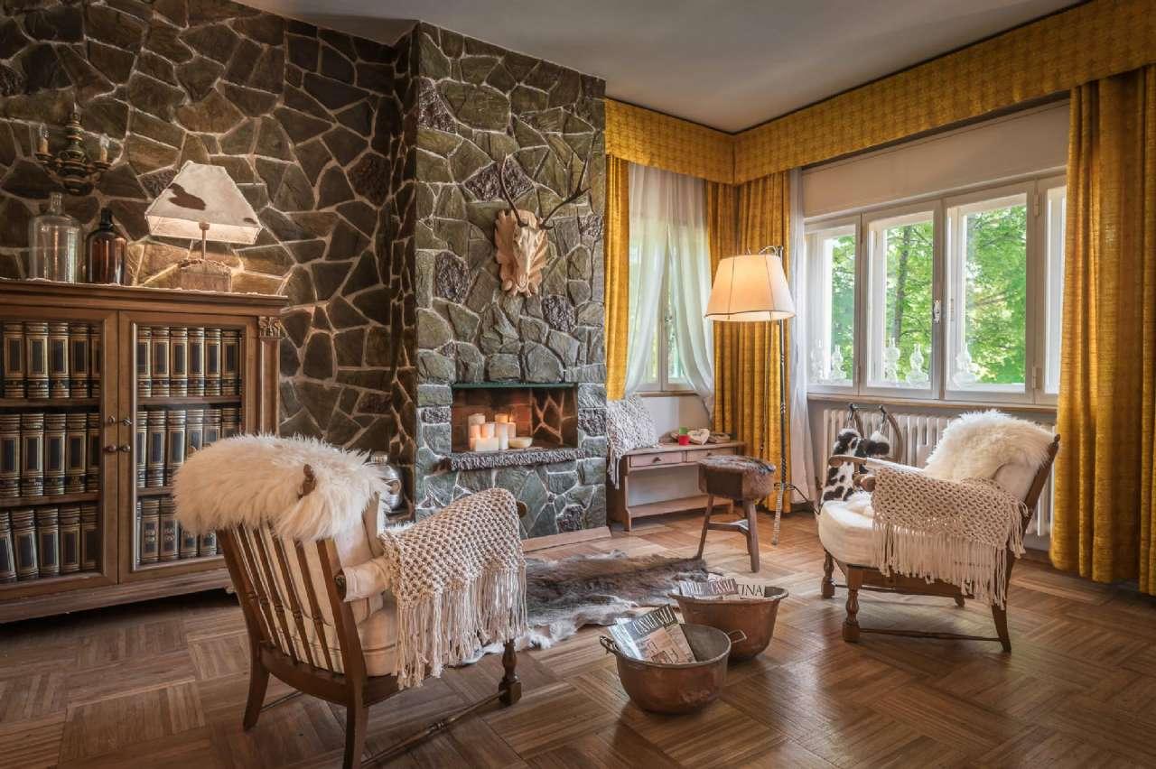 Villa in vendita a Cortina d'Ampezzo, 7 locali, prezzo € 1.750.000 | CambioCasa.it