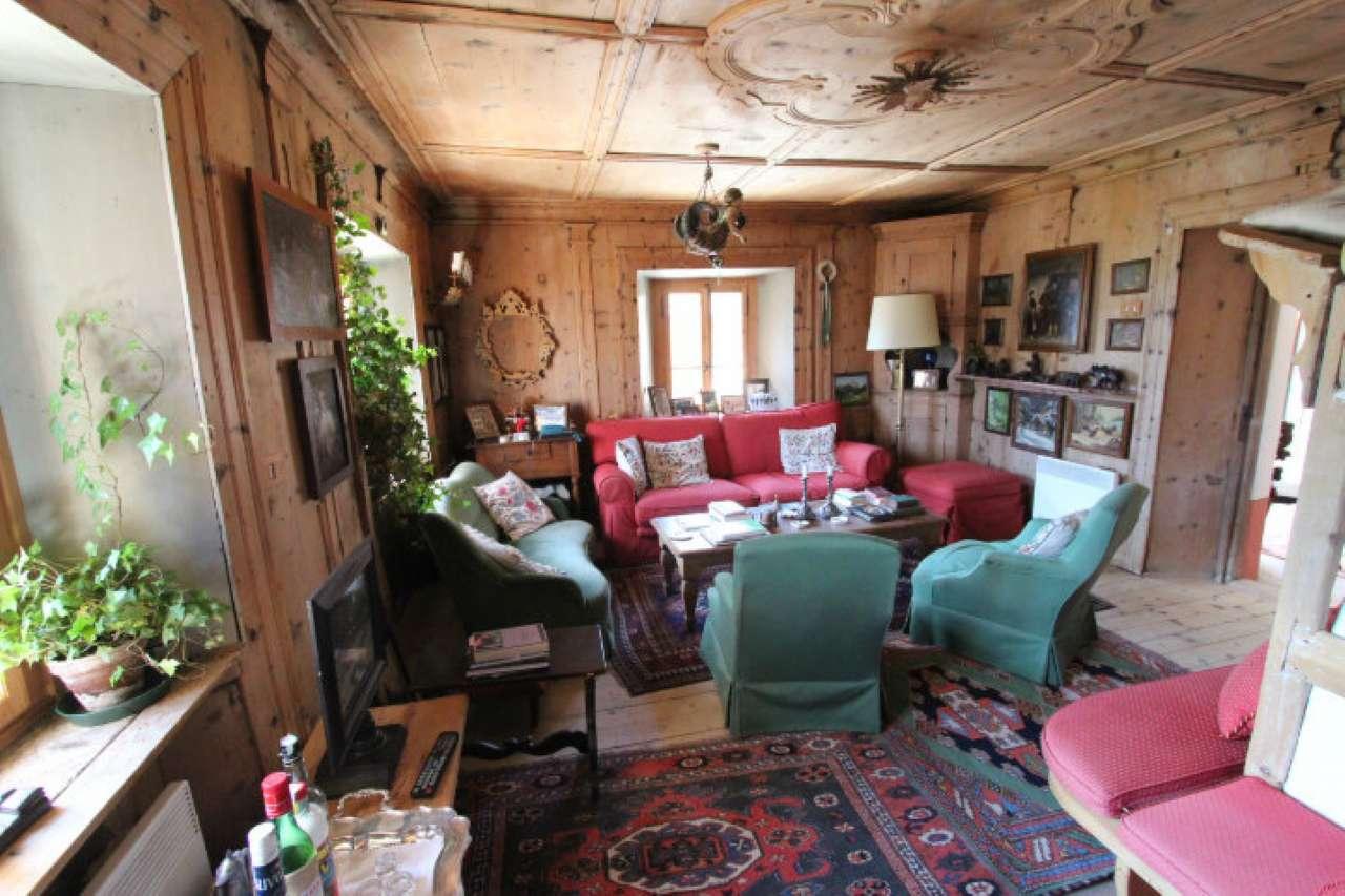 Appartamento in vendita a Cortina d'Ampezzo, 5 locali, prezzo € 1.400.000   CambioCasa.it