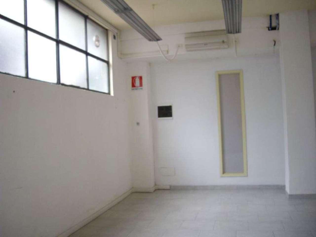 Laboratorio in affitto a Milano, 2 locali, zona Zona: 2 . Repubblica, Stazione Centrale, P.ta Nuova, B. Marcello, prezzo € 500 | CambioCasa.it