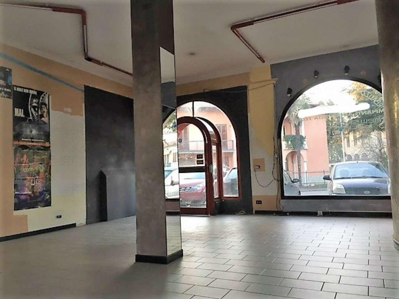 Negozio / Locale in affitto a Osio Sotto, 3 locali, prezzo € 470   CambioCasa.it