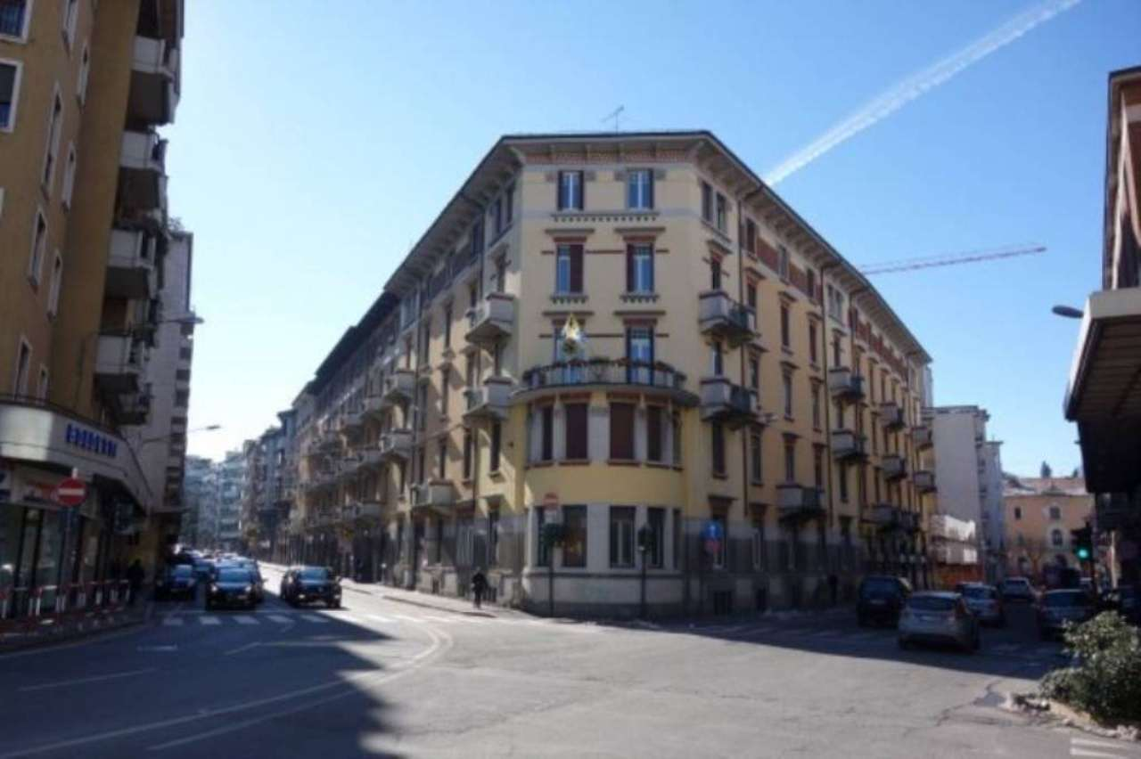 Ufficio / Studio in vendita a Varese, 6 locali, prezzo € 300.000   Cambio Casa.it