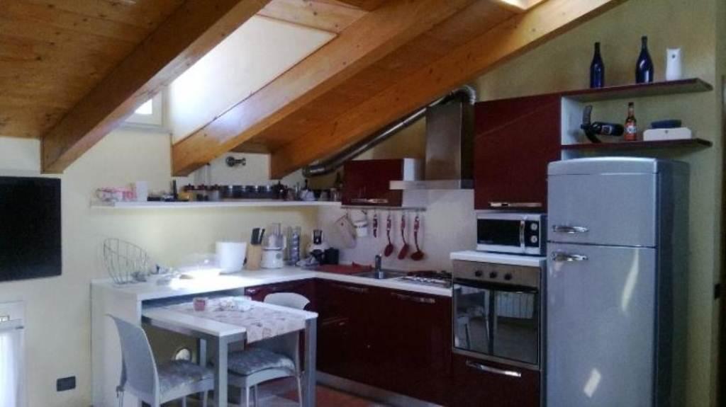 Appartamento in vendita a Cremona, 3 locali, prezzo € 95.000   Cambio Casa.it