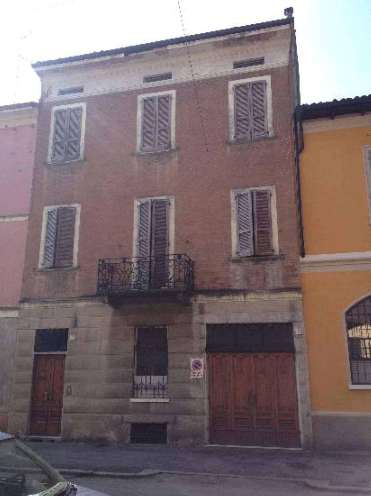Palazzo / Stabile in vendita a Cremona, 5 locali, prezzo € 350.000 | Cambio Casa.it