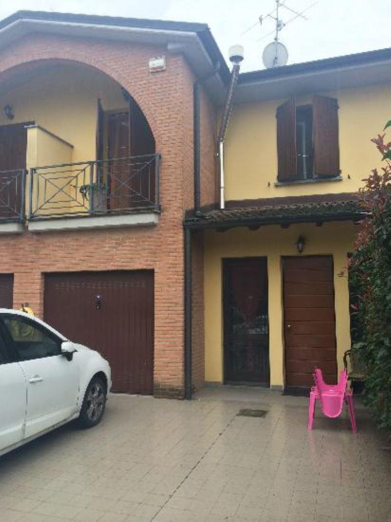 Villa a Schiera in affitto a Pieve d'Olmi, 4 locali, prezzo € 550 | Cambio Casa.it