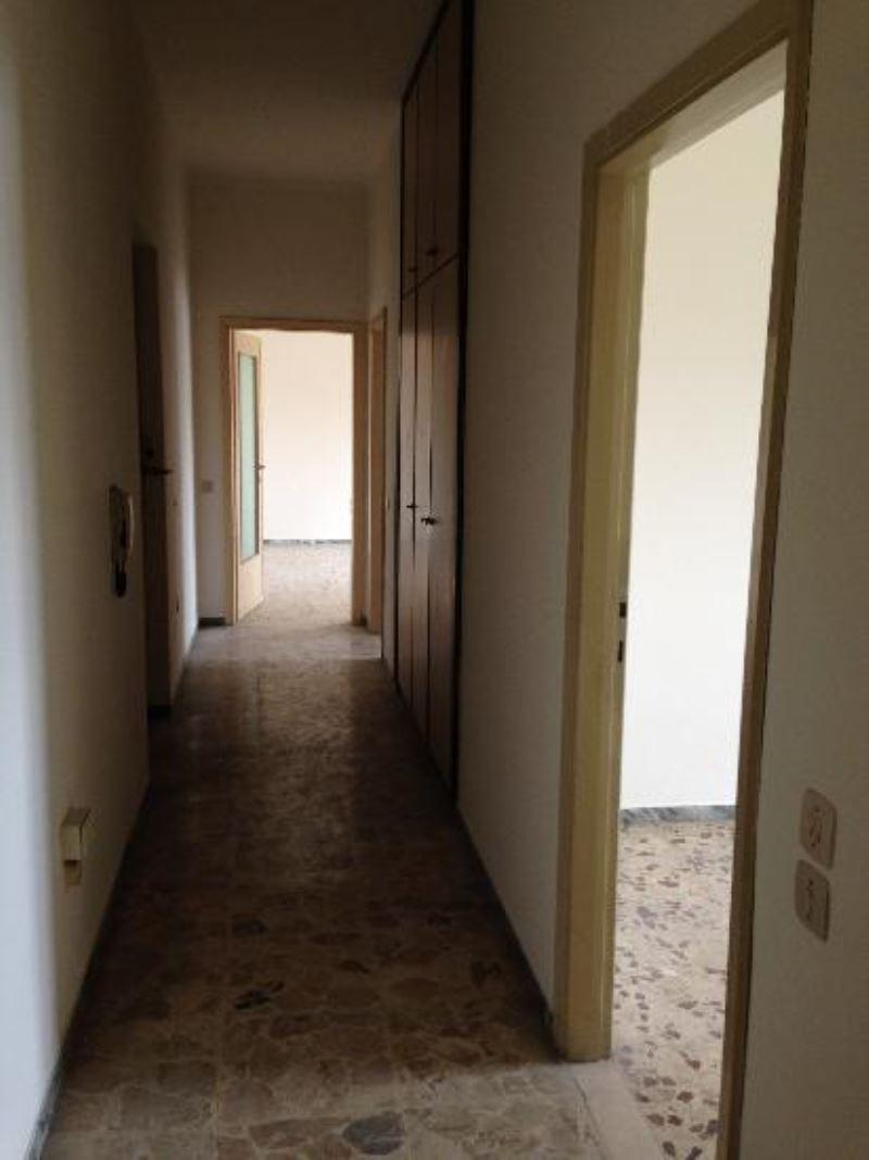 Appartamento in vendita a Cremona, 3 locali, prezzo € 73.000 | Cambio Casa.it