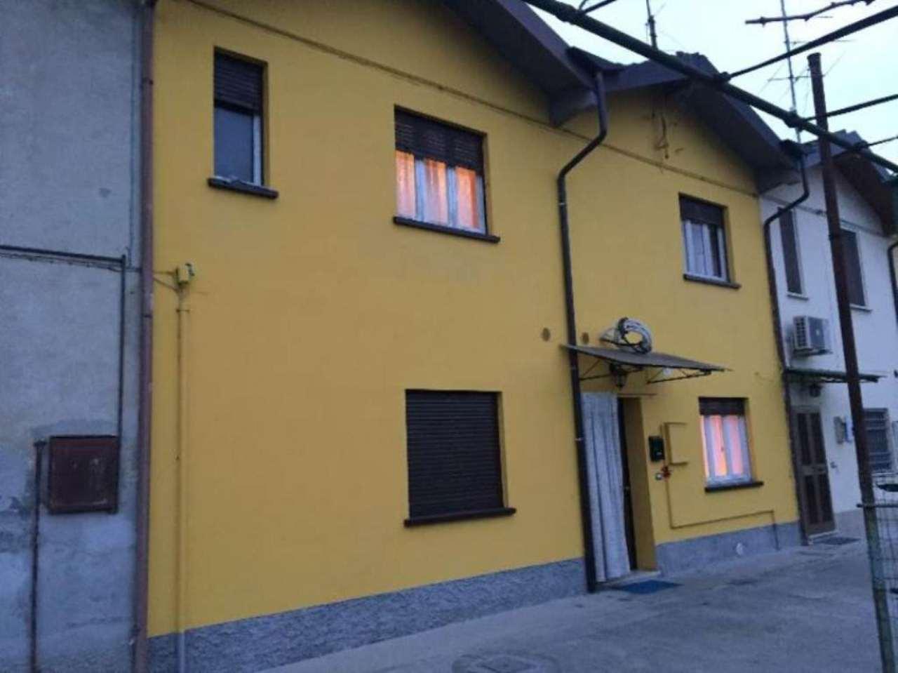 Rustico / Casale in vendita a Castelvetro Piacentino, 4 locali, prezzo € 86.000 | Cambio Casa.it