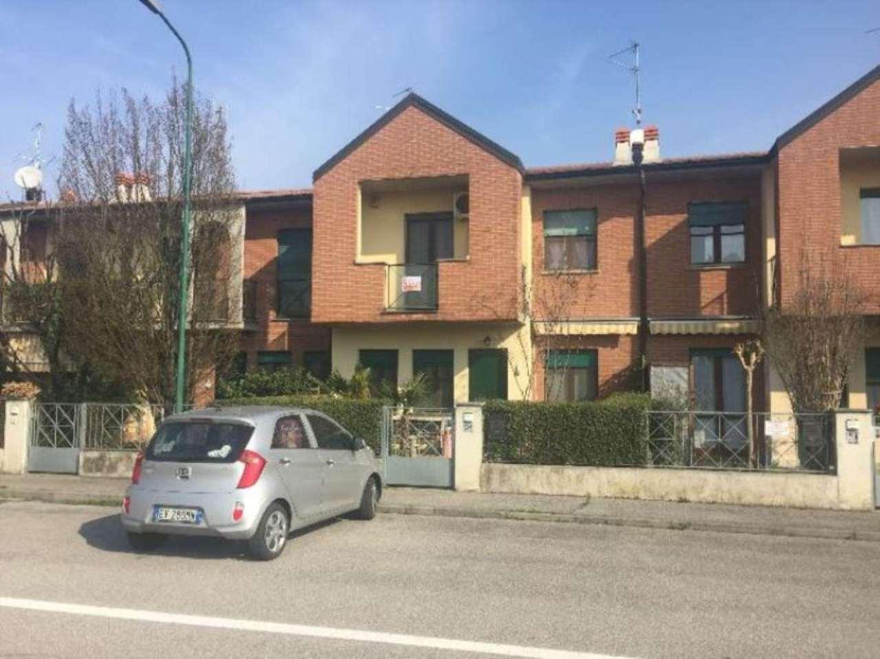 Villa a Schiera in Vendita a Cremona