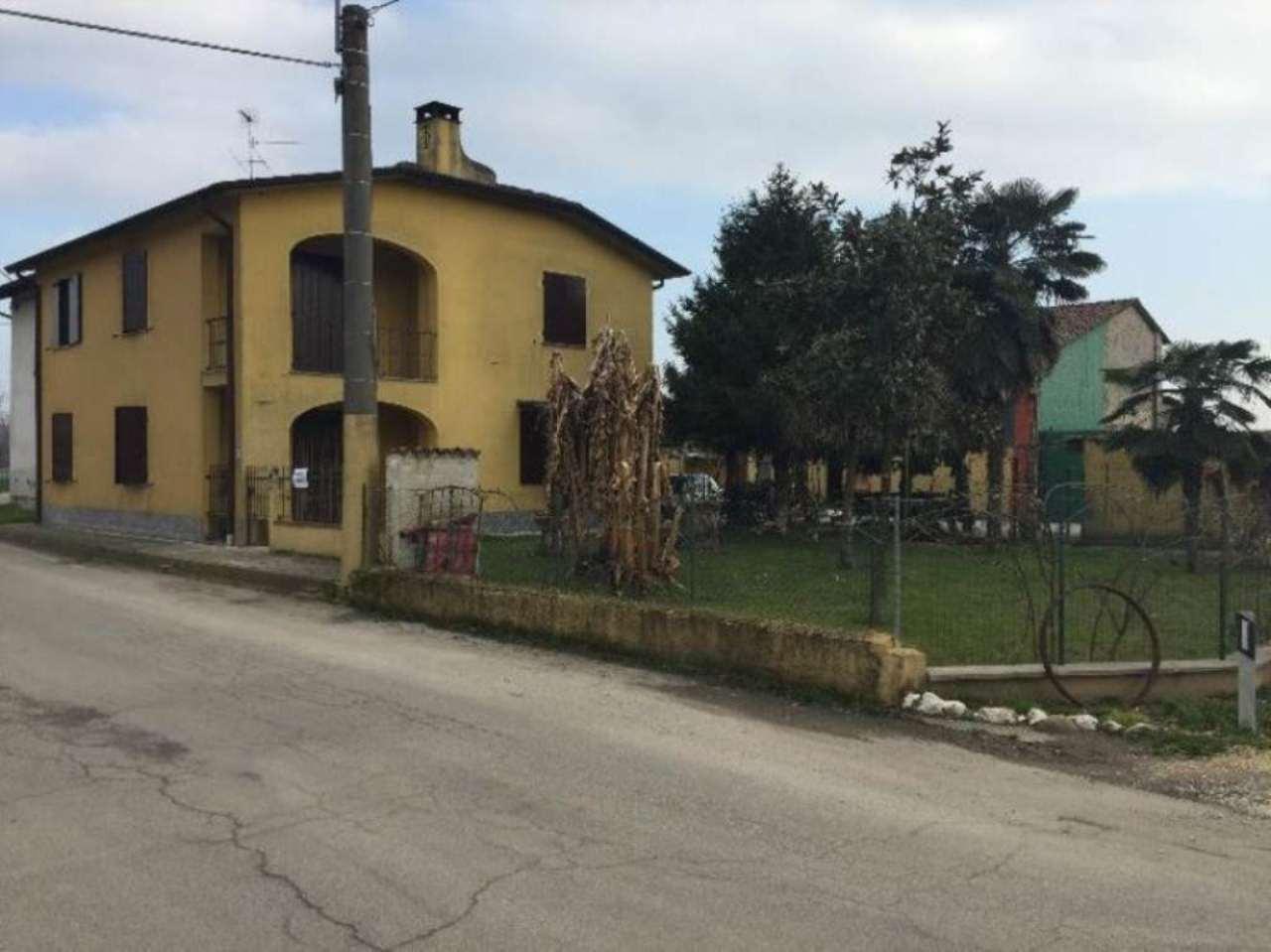 Soluzione Indipendente in vendita a San Daniele Po, 4 locali, prezzo € 150.000 | Cambio Casa.it
