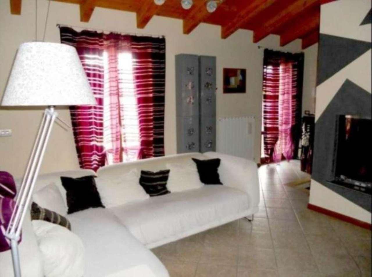 Appartamento in vendita a Corte de' Frati, 3 locali, prezzo € 105.000 | Cambio Casa.it