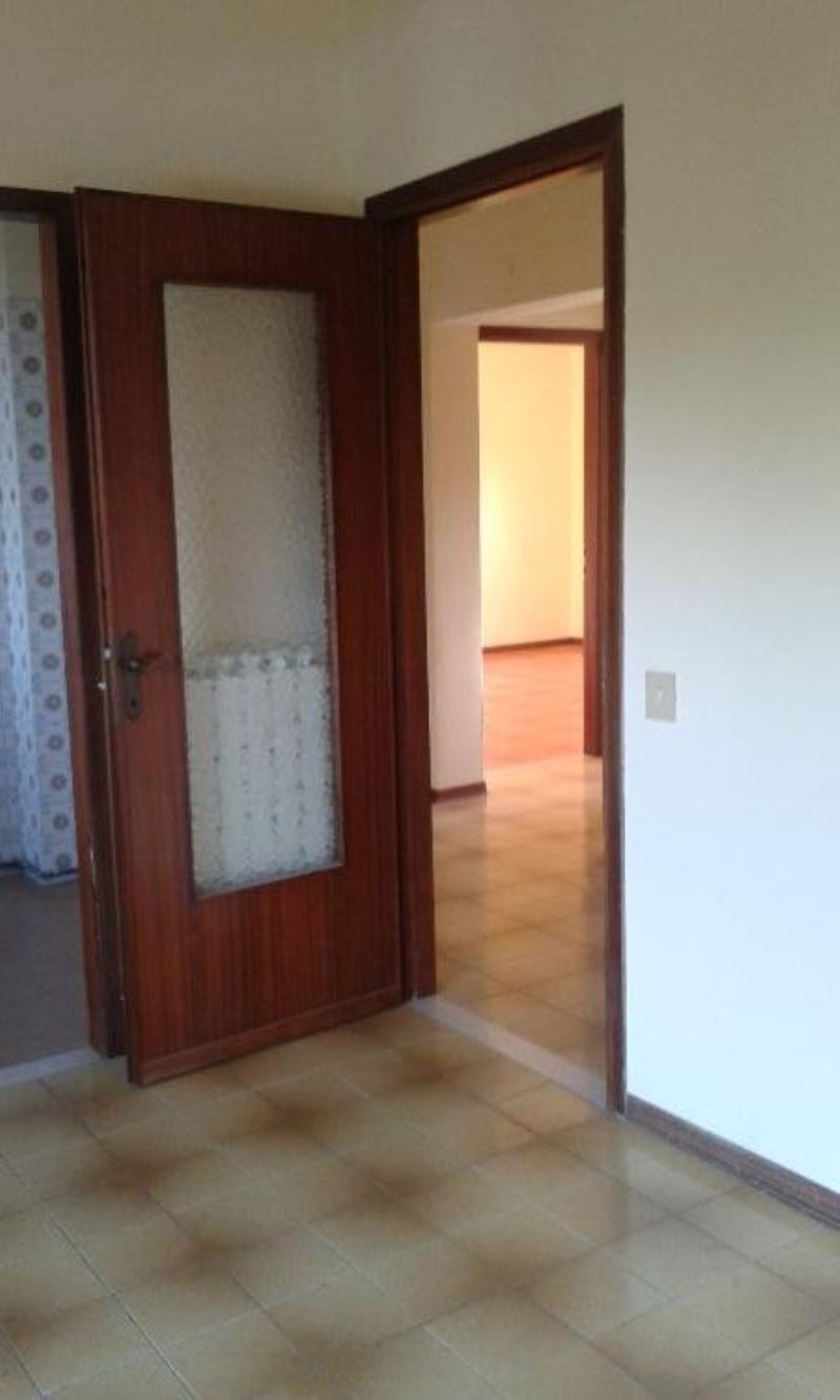 Appartamento in affitto a Gerre de' Caprioli, 3 locali, prezzo € 380   Cambio Casa.it