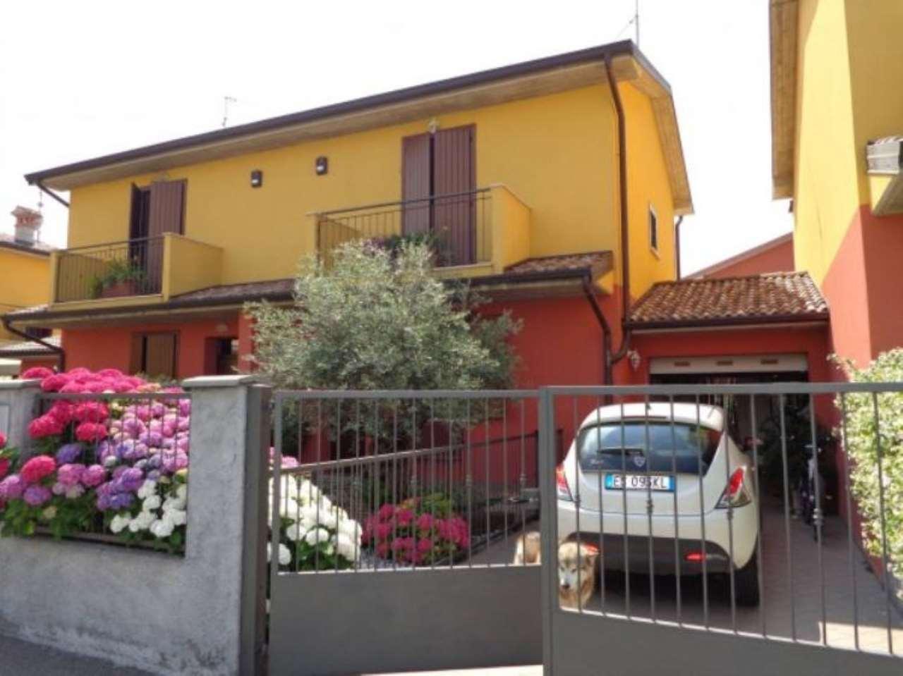Villa a Schiera in vendita a Stagno Lombardo, 3 locali, prezzo € 145.000 | Cambio Casa.it
