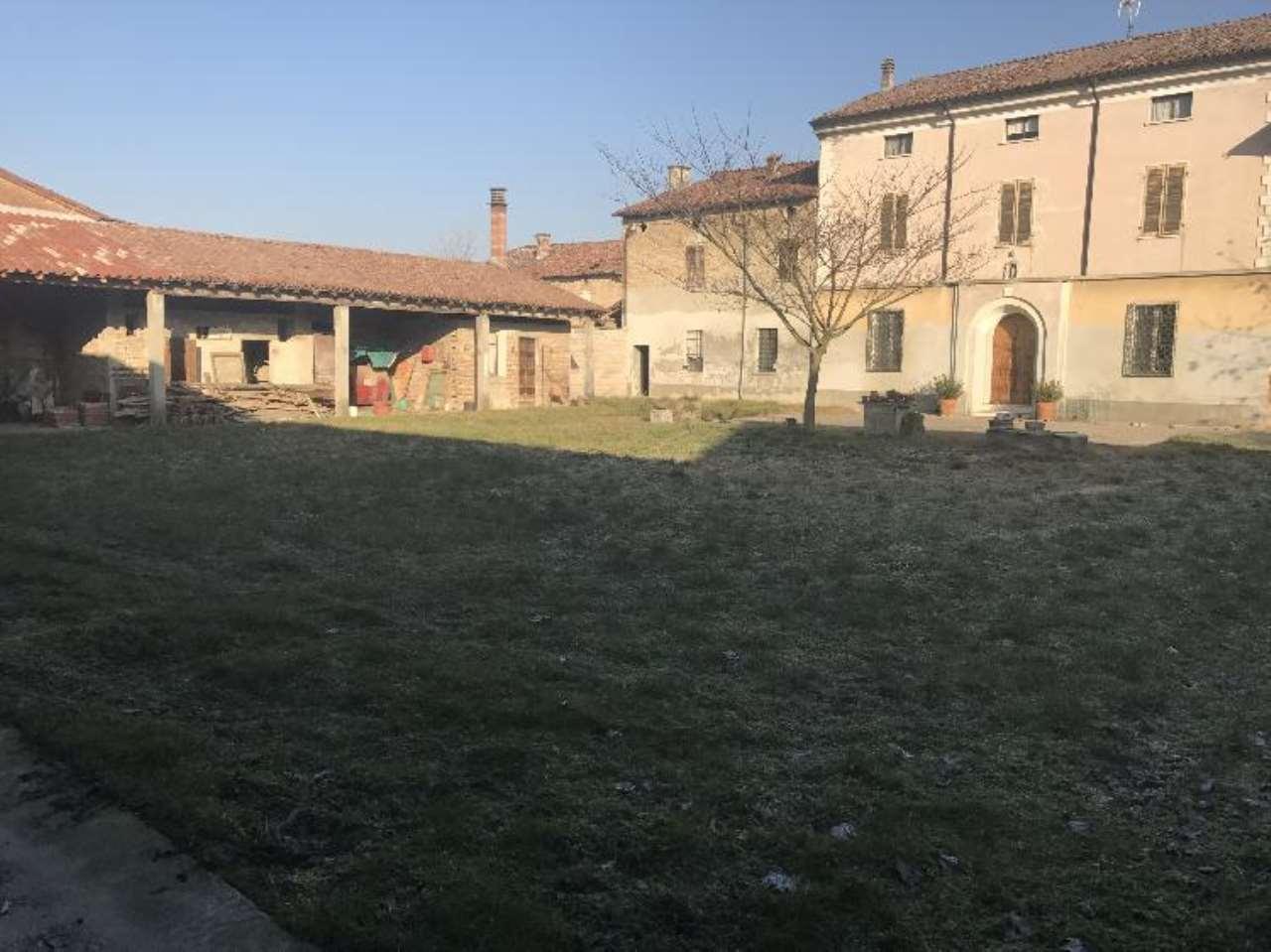 Rustico / Casale in vendita a Gussola, 5 locali, prezzo € 150.000 | Cambio Casa.it