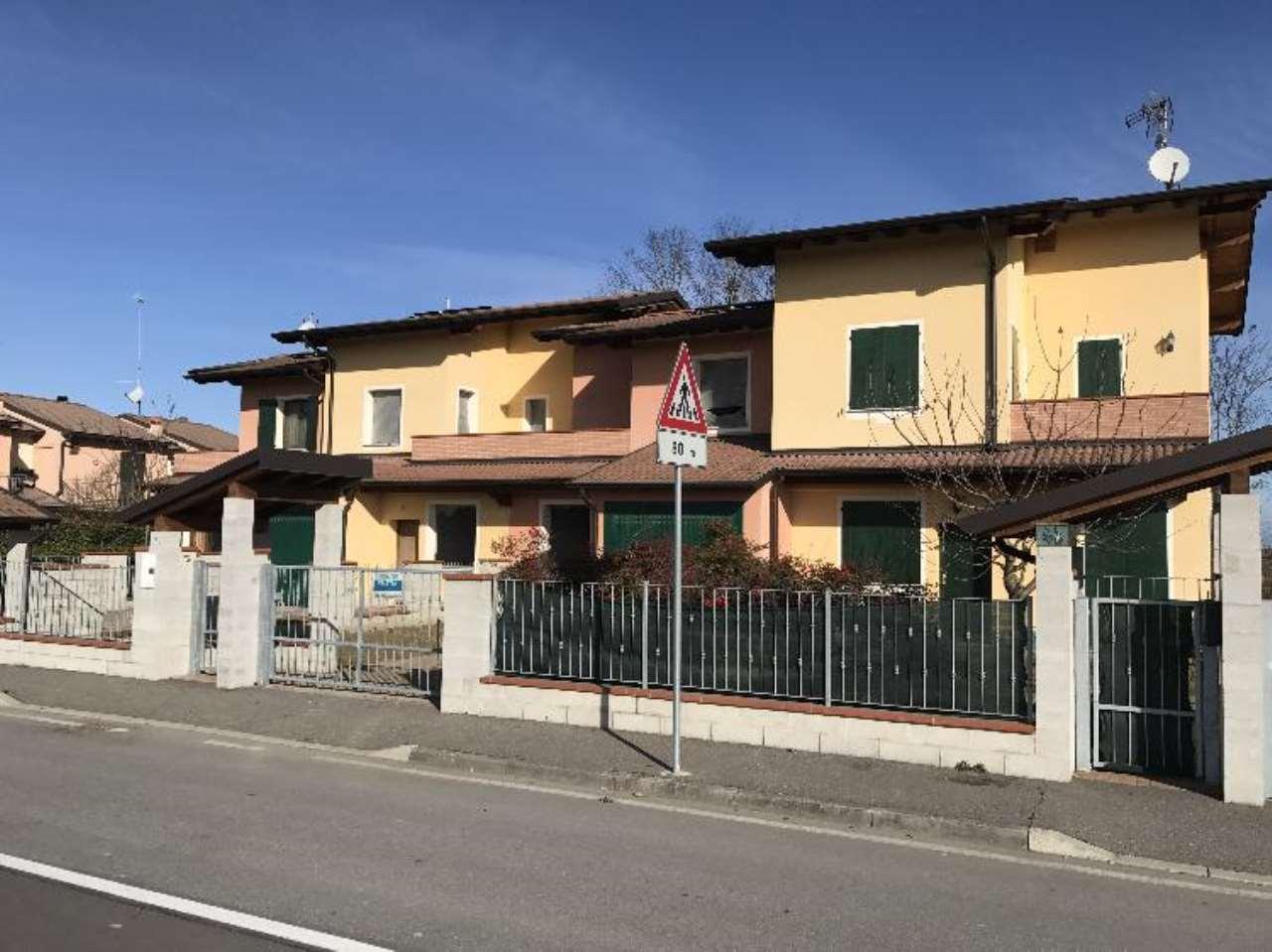 Villa a Schiera in vendita a Acquanegra Cremonese, 4 locali, prezzo € 175.000 | Cambio Casa.it