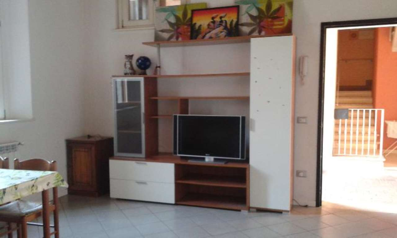 Appartamento in affitto a Castelverde, 1 locali, prezzo € 250 | Cambio Casa.it