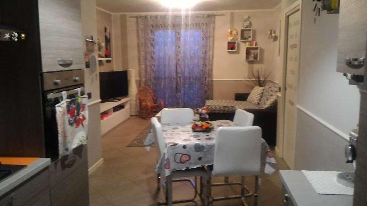 Appartamento in vendita a Persico Dosimo, 3 locali, prezzo € 130.000 | Cambio Casa.it