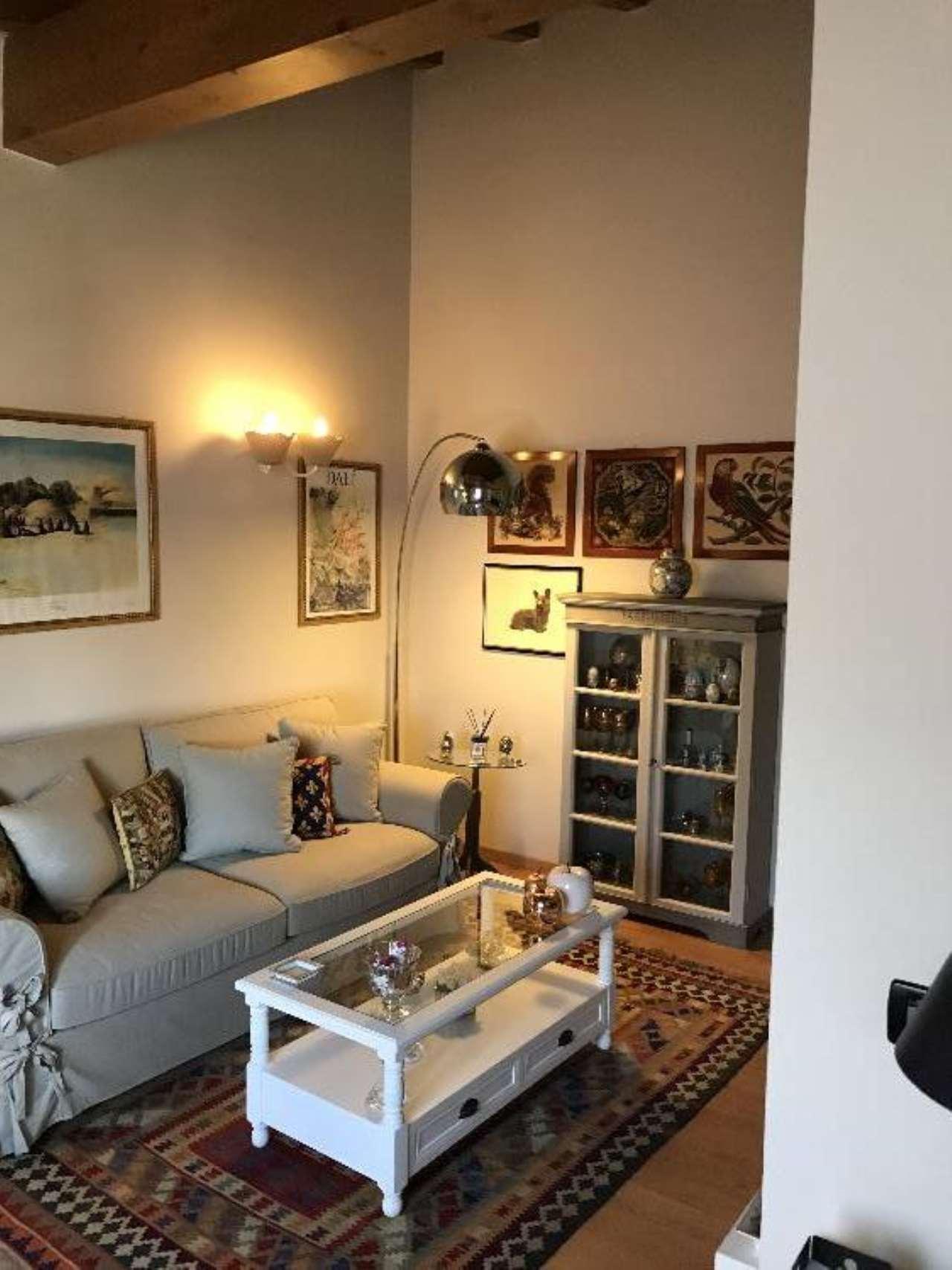 Appartamento in vendita a Castelvetro Piacentino, 3 locali, prezzo € 115.000   Cambio Casa.it